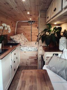 Van Conversion Interior, Camper Van Conversion Diy, Van Living, Tiny House Living, Renault Master, Camping Car Van, Kombi Home, Caravan Renovation, Van Home