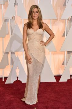 Red Carpet on Fire - Best Dressed women at the OSCARS 2015  72c0cce7e5