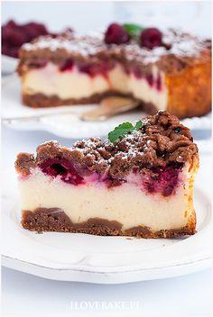 Sernik z malinami i śliwkami - I Love Bake Valentines Day Treats, Food For Thought, Tiramisu, Sweet Recipes, Cheesecake, Sweets, Ethnic Recipes, Heavens, Yum Yum