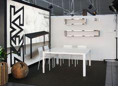 Etagère Inox Wall Rack Finition miroir - L 100 cm - Zeus 570 euros, L 160 cm 723 euros