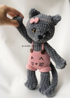 Embroidery for Beginners & Embroidery Stitches & Embroidery Patterns & Embroidery Funny & Machine Embroidery Amigurumi Patterns, Amigurumi Doll, Crochet Patterns, Crochet Dolls, Crochet Baby, Free Crochet, Cat Crochet, Embroidery For Beginners, Knitting For Beginners