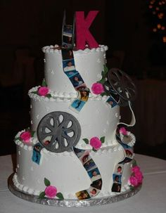 Movie Reel Cake  thesweetlife.com
