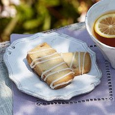 Lemon-Ginger Shortbread  Crispy shortbread cookies are a low-calorie snack that pairs well with your favorite tea. Ginger, powdered sugar, and fresh lemon star in this six-ingredient recipe that boasts 18 grams of carb for two cookies.