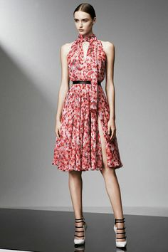 130 Standout Looks From Prefall 2015  - ELLE.com