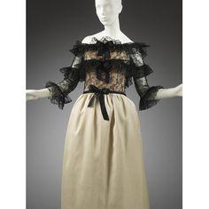 Evening dress of silk gazar and lace, designed by Cristóbal Balenciaga, Paris, February Museum Number Balenciaga Vintage, Chanel, Dress Images, Parisian Style, Beautiful Outfits, Minis, Evening Dresses, Vogue, Museum