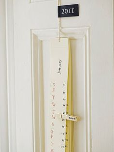 love this idea for a calendar.... hmmmmm:)