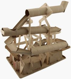marble run with paper towel rolls and popsicle sticks .marble run with paper towel rolls and popsicle sticks . great diykids marble paper towel popsicle rolls How to make Toilet Paper Stem Projects, Projects For Kids, Diy For Kids, Crafts For Kids, Art Projects, Marble Maze, Marble Runs, Paper Roll Crafts, Diy Paper