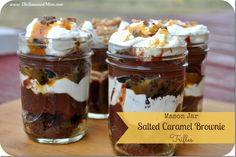 These Mason Jar Salted Caramel Brownie Trifles may sound fancy, but they are as simple as preparing boxed brownie mix. To make this mason jar recipe, rich brownies are layered with salted caramel sauce, chocolate pudding, and more. Mini Desserts, Mason Jar Desserts, Mason Jars, Mason Jar Meals, Summer Desserts, Easy Desserts, Delicious Desserts, Trifle Desserts, Plated Desserts