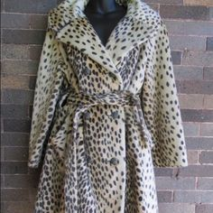 Vintage 1950's Cheetah Faux Fur Coat XL Belted Swing Coat Jacket Cheetah - very rockabilly, retro glam. Jackets & Coats