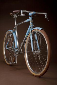 Azul-marron
