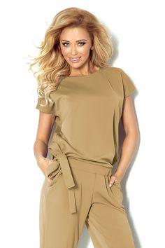 kombinezon model a beige numoco pant trouser shortplaysuitand jumpsuit Numoco Latest Fashion Trends, Fashion News, Trendy Fashion, Womens Fashion, Fashion Company, Half Sleeves, Bellisima, Fashion Addict, Overalls