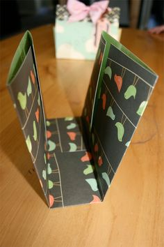 Make a gift box from a sheet of cardstock tutorial - cosmocricket.typepad.com