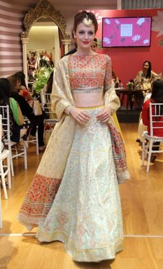 Anju Modi new collection sneak peek at Vogue Bridal Studio for Vogue Wedding Show 2015 blue lehenga 1