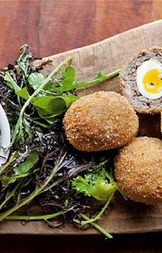 Low FODMAP and Gluten Free Recipe - Scotch eggs - http://www.ibssano.com/low_fodmap_recipe_scotch_eggs.html