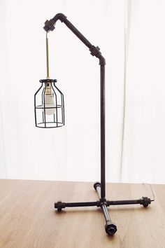 Black pipe table lamp