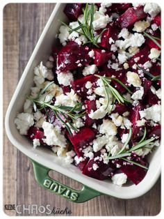 Rote Bete Ofen Rosmarin Feta Beete Honig in 2020 Veggie Recipes, Vegetarian Recipes, Healthy Recipes, Feta, Clean Eating, Healthy Eating, Beetroot, Superfood, Soul Food
