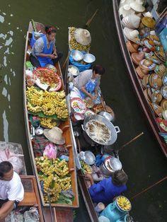 Frying bananas in the long boats at the in Floating Market Bangkok, Bangkok Photos, Photo Essay, Travel Photographer, Bananas, Street Food, Exploring, Boats, Dreaming Of You