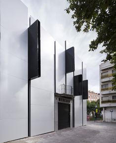 Gallery - Getafe Market Cultural Center / A-cero - 14