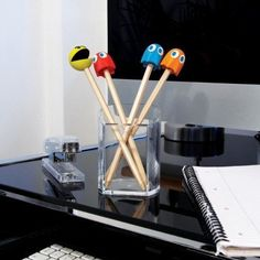 Cute and practical, the set contains four pencil toppers featuring PAC-MAN and three of the Ghosts plus four pencils. The pencil toppers also function as erasers. Pac Man Party, Office Gadgets, Pencil Design, Pencil Toppers, Original Gifts, Computer, Cool Gadgets, Stocking Stuffers, Stationery