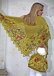 Outstanding Crochet: Irish crochet. Russian designers.i think I may have pinned this earlier but not with this pic! isn't it gorge!