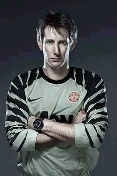 Manchester United signed Edwin van der Sar from Fulham a decade ago today. What a signing