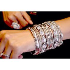 Silpada anklet wristbands are handmade and formulated by no much less than eight merchants functioning to style each and every i. I Love Jewelry, Jewelry Box, Jewelery, Jewelry Accessories, Fashion Accessories, Fashion Jewelry, Cameo Necklace, Anklets, Bangle Bracelets