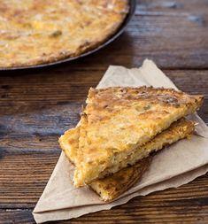 Μπατζίνα | Συνταγή | Argiro.gr Cheese Pies, Breakfast Snacks, Calzone, Food Categories, Greek Recipes, Apple Pie, Favorite Recipes, Bread, Cooking