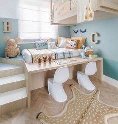 Decor chambre enfant fille Ideas for 2019 Small Room Bedroom, Girls Bedroom, Space Saving Bedroom, Small Rooms, Small Spaces, Teen Room Decor, Bedroom Decor, Bedroom Furniture, Bedroom Ideas