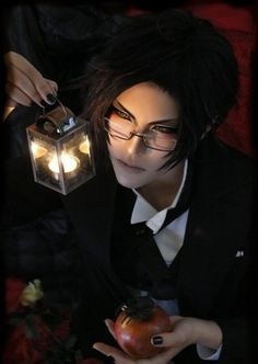 This is seriously just so amazing to me XD Anime: Kuroshitsuji (Black Butler) Character: Claude Faustus Belle Cosplay, Cosplay Boy, Cosplay Anime, Epic Cosplay, Amazing Cosplay, Cosplay Outfits, Cosplay Costumes, Diy Outfits, Kawaii Cosplay