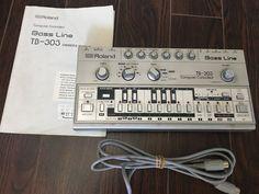 MATRIXSYNTH: Roland Bass Line TB-303