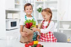 19 loving gifts of service for moms | parentingsquad.com