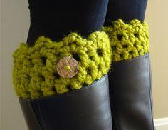 Free Crochet Pattern... Friendship Boot Cuffs!