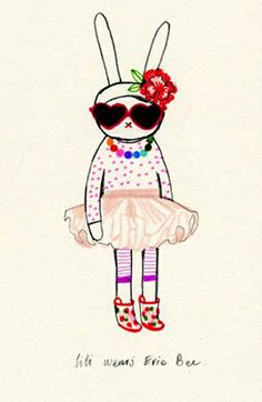 Fifi Lapin wears Evie Bee