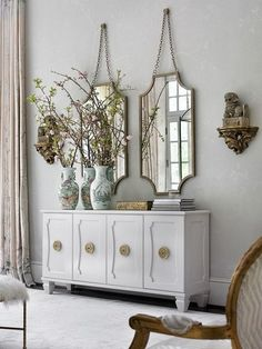 Top 50 Mirrors for Luxury Interiors | Read the entire article at http://bocadolobo.com/blog/furniture/mirrors-luxury-interiors/