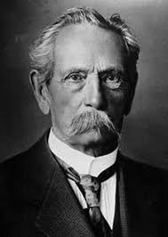 O engenheiro Karl Friedrich Benz, natural de Karlsruhe, na Alemanha, obteve em 29 de janeiro de 1886 a primeira patente para um automóvel movido a gasolina