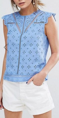Shop our collection of clothes, accessories, beauty & Summer Outfits, Casual Outfits, Cute Outfits, Simple Dresses, Nice Dresses, Pulls, Casual Chic, Blouse Designs, Dress To Impress