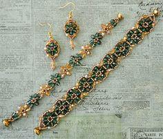 Linda's Crafty Inspirations: Bracelet of the Day: Crystal Tile - Teal & Pale Gold