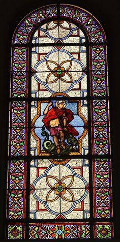 Bleiglasfenster in der katholischen Pfarrkirche Saint-Clodoald in Saint-Cloud…