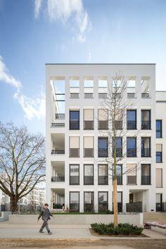 I always love the timeless quality of grid facade. Park Linné by Kister Scheithauer Gross Architekten. Photo by Yohan Zerdoun.