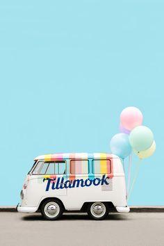 Balloon Installation, Balloon Backdrop, Mylar Balloons, Balloon Garland, Balloon Arrangements, Balloon Centerpieces, Summer Ice Cream, Ice Cream Party, Tillamook Ice Cream