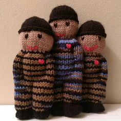 Note: The Crochet and Knit pattern are on the same page. Scroll to the bottom of the page to see the knit version.