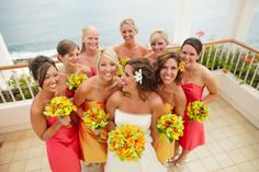 style unveiled - real wedding - hawaii wedding - hilary & donnie - bride & bridesmaids - bridal bouquet & bridesmaids bouquets