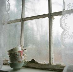"magic-spelldust: "" borrowed light (by after october) "" Borrowed Light, Cottage Windows, Estilo Shabby Chic, Old Cottage, Irish Cottage, Cottage House, Lace Curtains, Window Curtains, Window View"