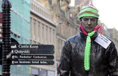 Excellent Newcastle Yarn Bomb