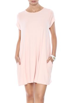 Blush swing dress withpockets and a crew neck.  Ryan Swing Dress by Mittoshop. Clothing - Dresses - Casual Clothing - Dresses - Short Sleeve Connecticut