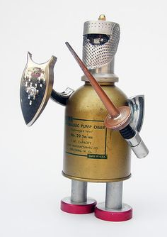 Sir Lube of Can-o-lot robot by Lockwasher Vintage Robots, Retro Robot, Arte Robot, Robot Art, Found Object Art, Found Art, Create Your Own Robot, Homemade Robot, Metal Toys