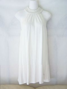 #Forever #Twentyone 21 solid white #sparkle flowy sleeveless long #tunic turtleneck top/tee shirt/blouse with back keyhole button closure & gathered/cinched/pulled together neckline in womens/ladies/misses size medium/M, excellent used condition http://www.ebay.com/itm/FOREVER-TWENTYONE-21-WHITE-SLEEVELESS-SPARKLE-TUNIC-SHIRT-TOP-WOMENS-SIZE-MEDIUM-/140992025042?pt=US_CSA_WC_Shirts_Tops&hash=item20d3c791d2