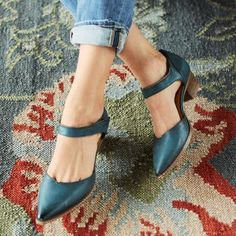 CORALISE SHOES