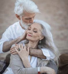 Pure Amour ~ growing old together Older Couples, Couples In Love, Art Love Couple, Perfect Couple, Vieux Couples, Love Tag, Ageless Beauty, Old Love, Aging Gracefully