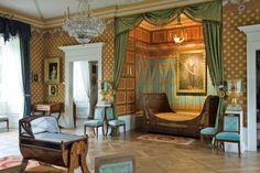 Schloss Fasanerie http://www.rmv.de/linkableblob/de/35756-9981/original/Eichenzell_Schloss_Fasanerie_daenisches_Schlafzimmer.jpg